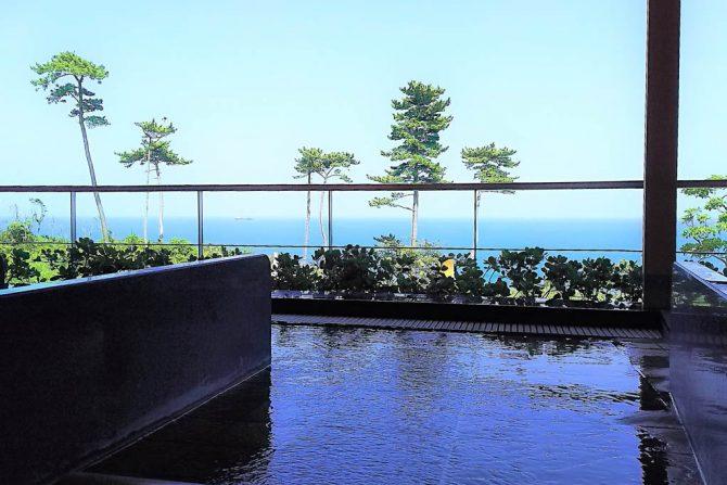 たった700円で絶景オーシャンビューの温泉が入れる穴場スポット「しおかぜ荘」