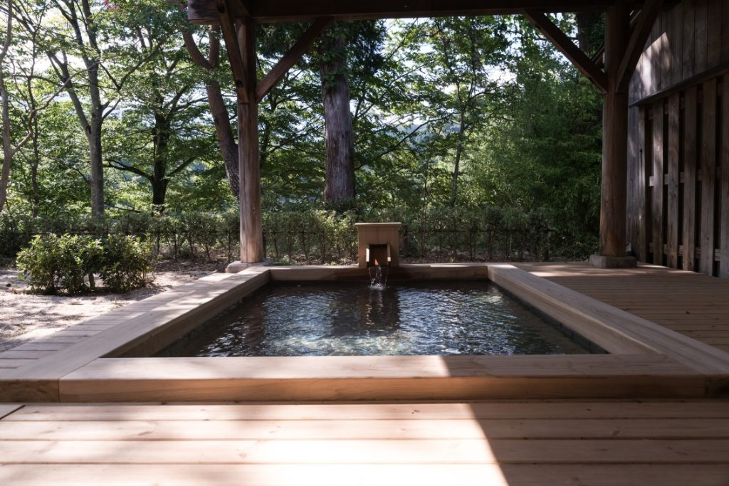 男性用露天風呂