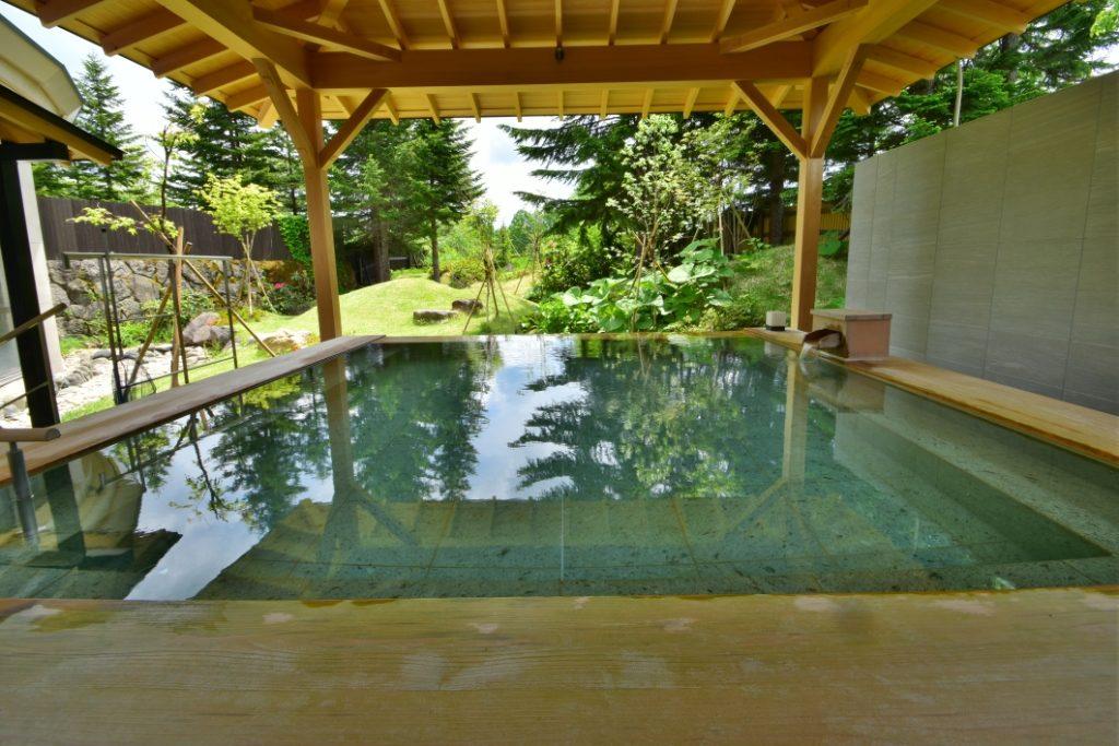 裏磐梯グランデコ東急ホテルの露天風呂