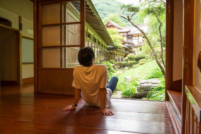 時間という概念を忘れさせてくれる大人の隠れ家 会津東山温泉「向瀧」