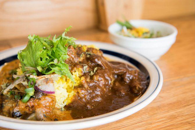 食べれば笑顔になること間違い無し!本格派インドカレー『curry diningbar 笑夢』