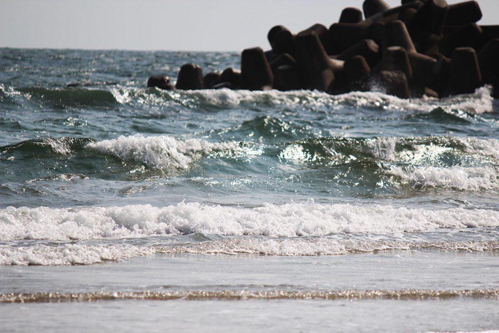 薄磯海岸の海