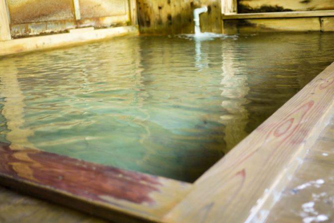 長湯必須!微温湯(ぬるゆ)温泉の驚きのぬるさ